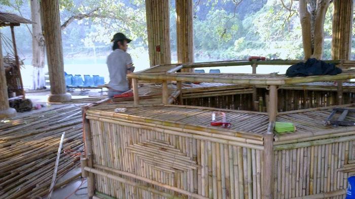 Thi công tre trúc khu nhà chờ , Kệ và quầy tre trúc tại Phong Nha - Kẻ Bàng