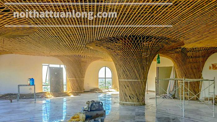 Thi công cột vòm tre tầm vông đan quả trám tại khách sạn Minh Phú - Diễn Châu - Nghệ An